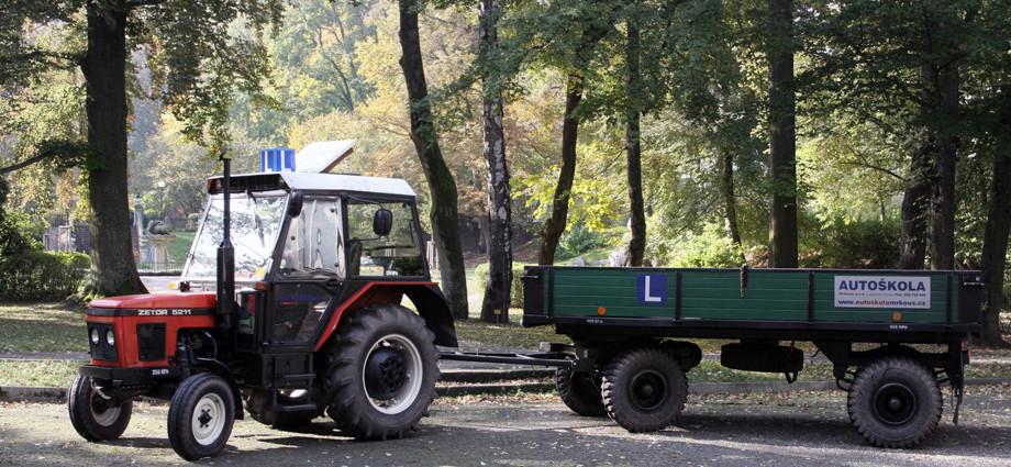 Vozový park - AUTOŠKOLY MRKOUS s.r.o Trutnov